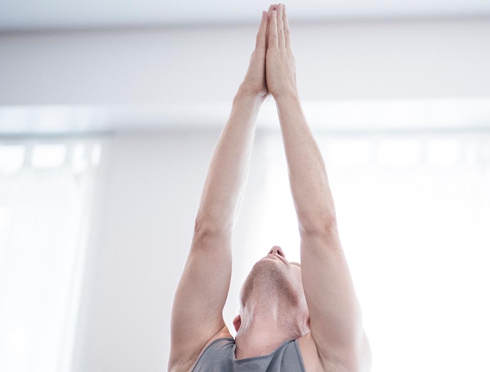 Yoga för män grundkurs